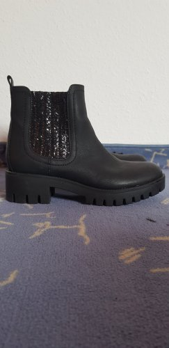 Catwalk Ankle Boots black leather