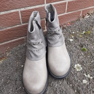 Booties light grey
