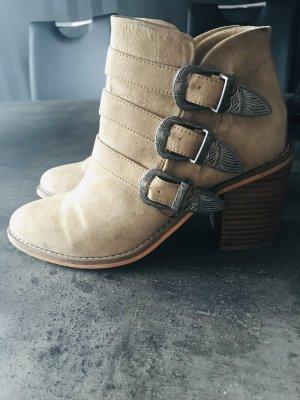Boots im Cowboy Stil