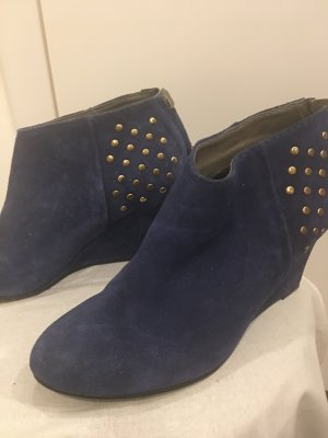 Boots in blau
