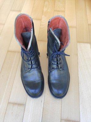 Boots, Khaki