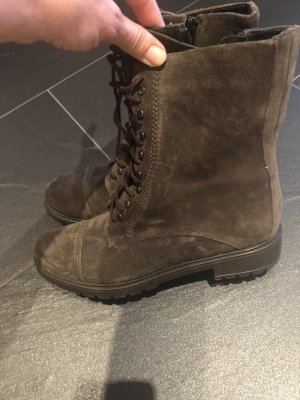Boots, Lina Locchi , NEU