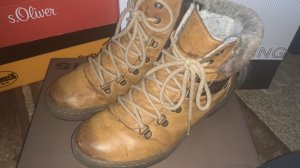 Boots mit Fell