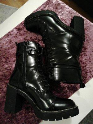 Catwalk Sznurowane botki czarny