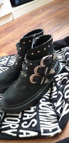Boots, Springerstiefel