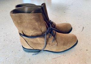 Boots Stiefel braun 38