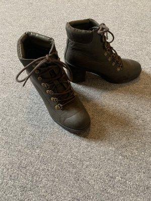 Boots/Stiefel mit Absatz