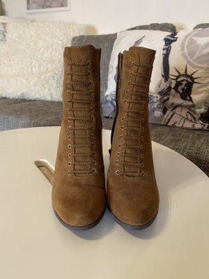 Boots, Stiefeletten