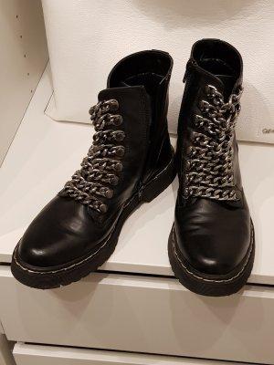 Claudia Ghazzani Chelsea Boots black