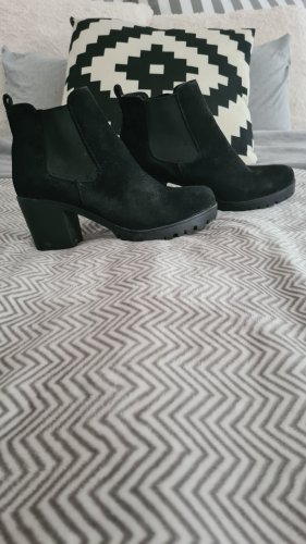 Boots Velouroptik schwarz gr 37