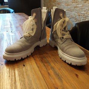 Boots von Bullboxer