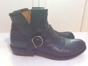 Boots von Fiorentini & Baker