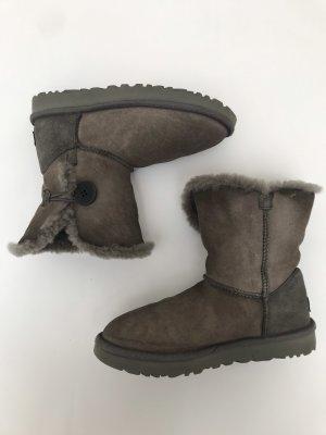 Boots von UGG Austria, grau, Gr. 39, Bailey Button