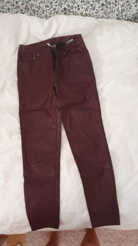 H&M Divided Pantalón de cuero burdeos
