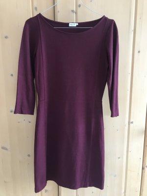 Bordeauxfarbenes Kleid von Filippa K