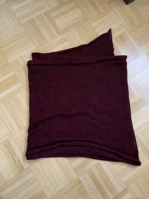 Bordeauxroter Schal von Pieces