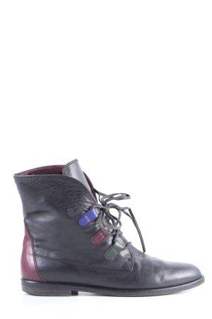Borella Stivaletto stringato nero stile casual