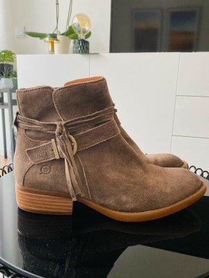 BORN Zipper Booties brown leather
