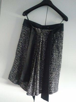 Hugo Boss Jedwabna spódnica czarny-biały Jedwab