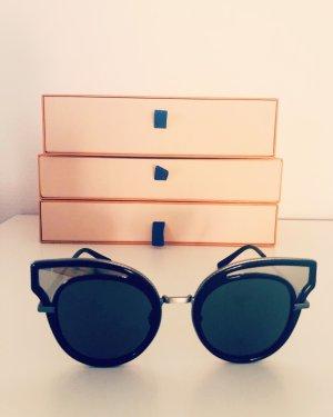 Bottega Veneta Oval Sunglasses black