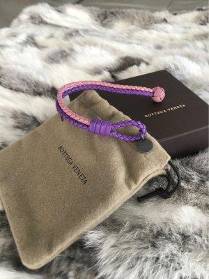 Bottega Veneta Braccialetto di cuoio rosa-blu-viola