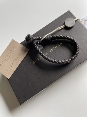 Bottega Veneta Bracelet en cuir brun foncé