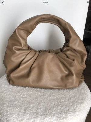 Bottega Veneta Shoulder Pouch in Cammello Gold