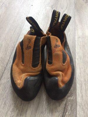 La Sportiva Skater Shoes black-orange