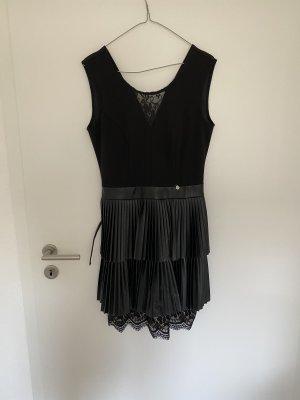 100% Fashion Sukienka koktajlowa czarny