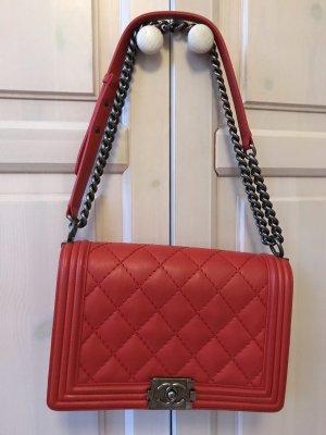 Boy Chanel Flap Bag mittlere Größe