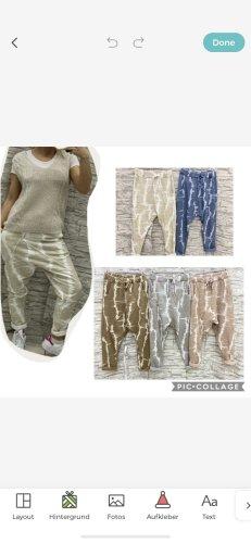 0039 Italy Spodnie typu boyfriend Wielokolorowy