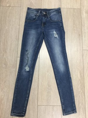 Boyfriend-Jeans großes Loch Knie  Gr. XS blau im used Look