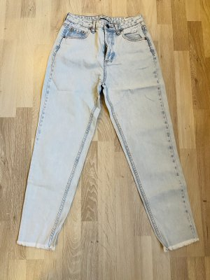 Boyfriend Jeans (High-Waisted)