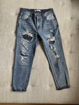 Boyfriend-Jeans mit Netz