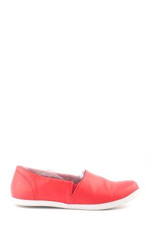 bpc Schlüpfschuhe rot-weiß Casual-Look