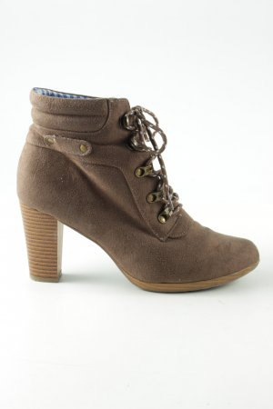 bpc Lace-up Booties brown casual look