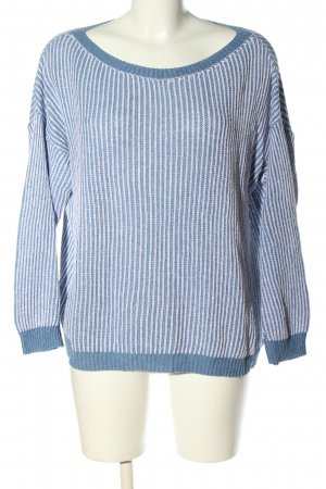 Brandy & Melville Grobstrickpullover blau-weiß Zopfmuster Casual-Look