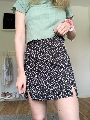 Brandy Melville Minirock (Cara Skirt)
