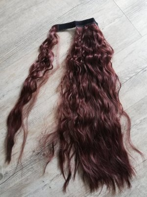 Braun Rote lockige Haare Zopf