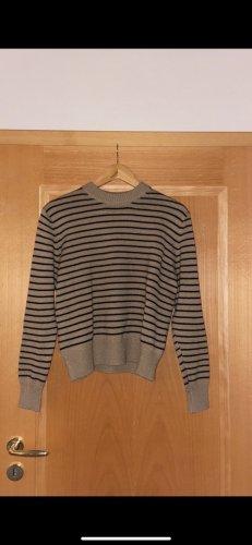 Braun/schwarz gestreifter Pullover