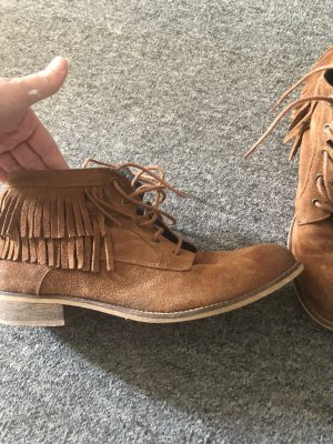 Lace-up Booties light brown