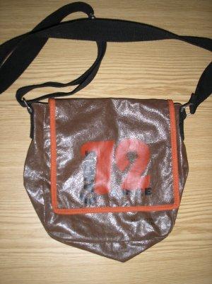 Braune Handtasche mit Aufdruck Marc O'Polo
