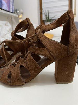 Braune high heels von Amisu