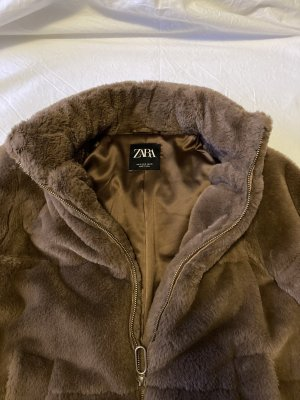 Zara Woman Fake Fur Jacket brown