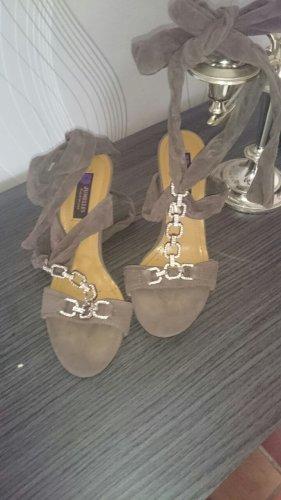 braune Sandaletten Gr. 37