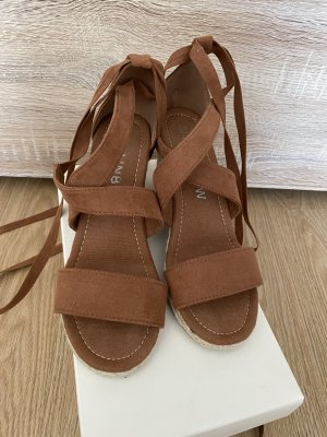 Braune Schuhe mit Keilabsatz von Rainbow, Größe 38