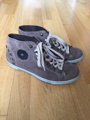 braune Schuhe von Rieker