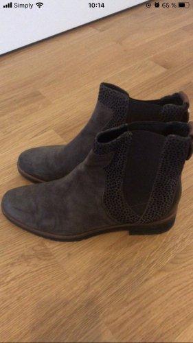 Braune Stiefel Brunella