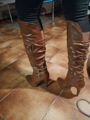 Braune Stiefel by Guess