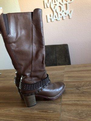 Braune Stiefel Gr 39